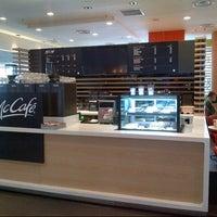 Photo taken at McDonald's & McCafé by Alfie Z. on 12/1/2012