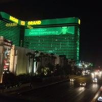 7/8/2013 tarihinde Stanislaw Y.ziyaretçi tarafından MGM Grand Hotel & Casino'de çekilen fotoğraf