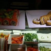 11/28/2014 tarihinde Manolo W.ziyaretçi tarafından One Way Sushi'de çekilen fotoğraf