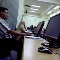Photo taken at LP3 Universitas Airlangga by Rudi C. on 4/22/2013