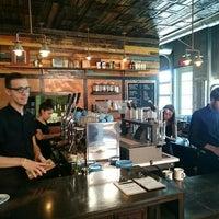 Foto tomada en Davis Street Espresso por Lukas K. el 4/25/2015