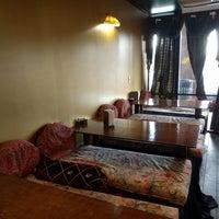 รูปภาพถ่ายที่ Swad Indian Restaurant โดย Lukas K. เมื่อ 2/25/2018