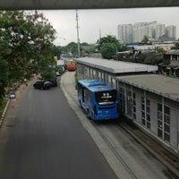 Photo taken at Halte TransJakarta Bermis by Tontowi on 3/21/2016