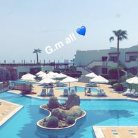 Photo taken at Sharm El Sheikh Marriott Resort by Fahad D. on 8/26/2017