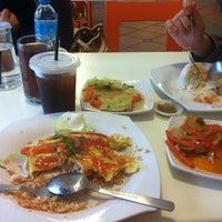Photo taken at Rasa Foodcourt by Haziqah Z. on 10/27/2013