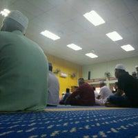 Photo taken at Masjid Ubudiah Felda Jengka 8 by shah shahe on 9/16/2016