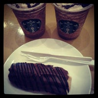 Photo taken at Starbucks by Sherly N. on 3/26/2013
