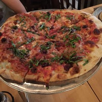 Photo taken at Pete's New Haven Style Apizza by Arash S. on 6/24/2015