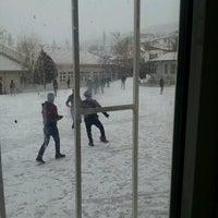 Photo taken at 75.Yıl Anadolu Teknik Lisesi by Şevval K. on 12/22/2016