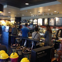 Photo taken at Starbucks by Lina Z. on 10/15/2016