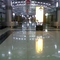 Photo taken at Terminal 3 by Ignaz R. on 6/11/2013