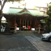 Photo taken at 鉄砲洲稲荷神社 by 浩子 池. on 5/23/2013