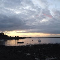 Photo taken at Kinvara Guesthouse by Nico T. on 8/7/2014