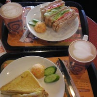 Photo taken at 伯朗咖啡館 Mr. Brown Coffee by Latte S. on 1/19/2014