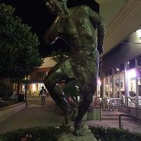 Photo taken at California Pizza Kitchen by Sergio T. on 9/17/2015