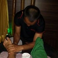 Das Foto wurde bei Best Friend Foot Massage & Health Therapy von Pwincess Y. am 4/12/2014 aufgenommen