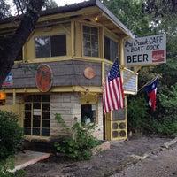 Foto tomada en Dry Creek Cafe & Boat Dock por John G. el 11/7/2015