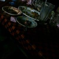Photo taken at D'Cherang Restoran by Izzat I. on 7/4/2016
