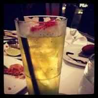Foto scattata a Yuca Restaurant da Victoria C. il 11/9/2012