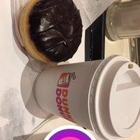 Das Foto wurde bei Dunkin' Donuts von Mario am 11/2/2016 aufgenommen