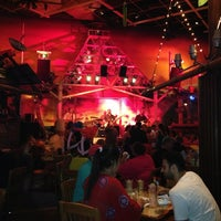 Photo taken at Jimmy Buffet's Margaritaville by Christopher P. on 5/24/2013