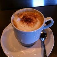Foto scattata a Cafe Martha da Mario P. il 4/1/2013