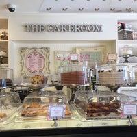 6/9/2017 tarihinde Kathleen A. K.ziyaretçi tarafından The CakeRoom'de çekilen fotoğraf