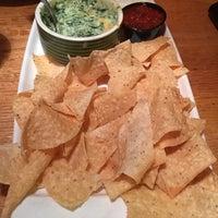 Photo taken at Applebee's Neighborhood Grill & Bar by Bob R. on 5/22/2016