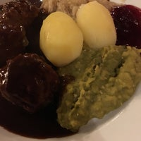 Photo taken at Restaurant Schrøder by Jakobssm on 2/13/2017