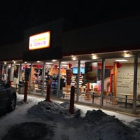 Photo taken at Dunkin' Donuts by Frankie V. on 2/9/2014