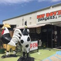 Photo taken at Fat Boyz Burgers & More by Randy C. on 5/27/2015