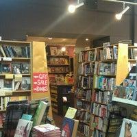 Das Foto wurde bei Unabridged Books von Mad Tinker T. am 10/29/2012 aufgenommen