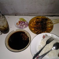 Photo taken at Sate banyu urip by Dedoy C. on 4/11/2013