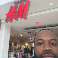 Photo taken at H&M by Dr. Kevin D. on 4/3/2016