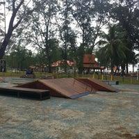 Photo taken at Skatepark Pantai Batu Buruk by Najmuddin H. on 5/24/2013
