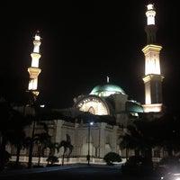 Photo taken at Masjid Wilayah Persekutuan by Kahl H. on 7/18/2013