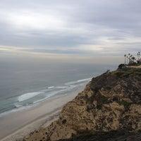 Foto tomada en La Jolla Cliffs por Robin L. el 11/15/2012