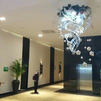 Foto tomada en Hotel Holiday Inn Bucaramanga Cacique por Carlos E. el 12/18/2014
