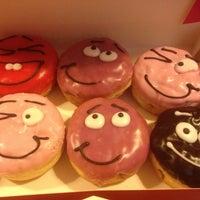 Снимок сделан в Dunkin' Donuts пользователем Sandra D. 5/12/2013
