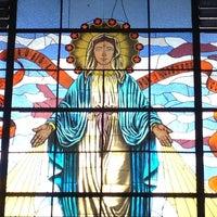 Foto tomada en Iglesia Parroquial La Medalla Milagrosa por Andres B. el 10/20/2012