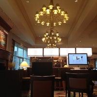 Foto tirada no(a) Hilton Seattle Airport & Conference Center por YK N. em 11/17/2012