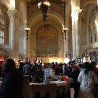 Photo taken at Brooklyn Flea - One Hanson by Leslie E. on 2/10/2013