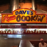 Photo taken at Famous Dave's by Martin S. on 6/16/2017