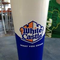 รูปภาพถ่ายที่ White Castle โดย Shannon เมื่อ 2/24/2013
