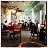 Photo taken at Starbucks by Alphonsus L. on 10/19/2012