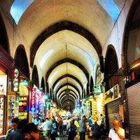 Foto tirada no(a) Spice Bazaar-Egyptian Bazaar por Sebastián M. em 8/26/2013