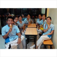 Photo taken at 7-Eleven by Crem E. on 6/22/2014