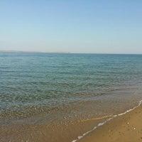 Photo taken at Zihnipaşa Plajı by Goksel A. on 8/30/2015