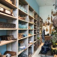 Photo prise au Raw Materials - The home store par Polina I. le4/9/2018