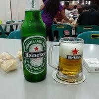 Photo taken at Semarang Food Center (Medan Chinatown) by Vendy L. on 3/16/2013